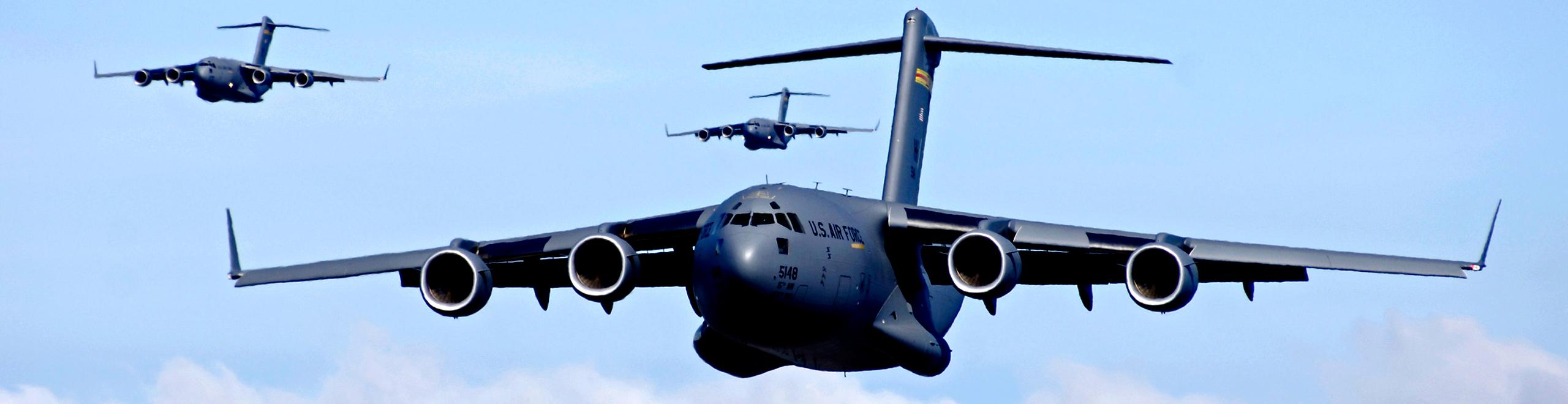 c-17 cargo jet